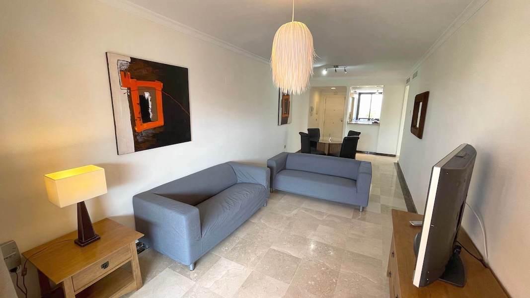 1028-Lounge4.jpg