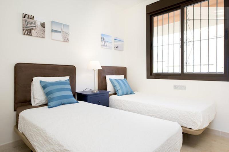 BLQ6-Bedroom_2.jpg