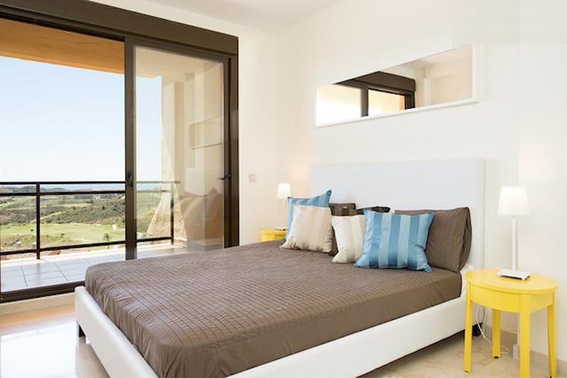 BLQ6-Master_bedroom.jpg