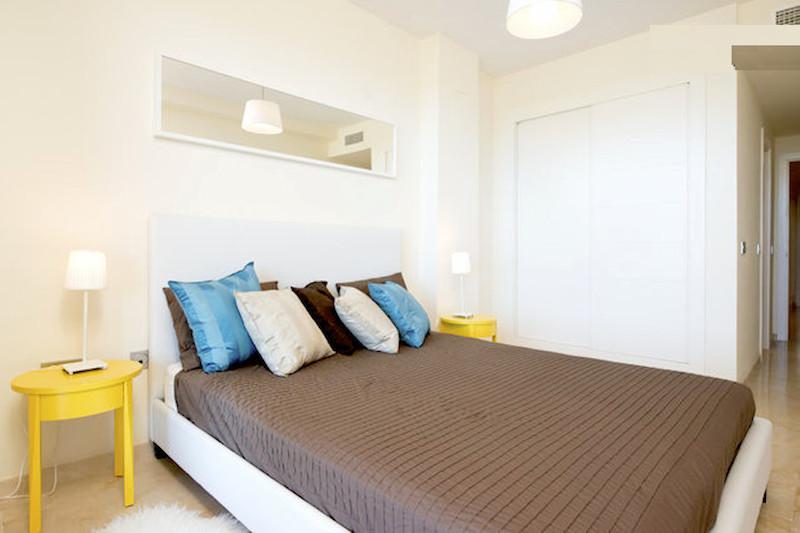 BLQ6-Master_bedroom2.jpg