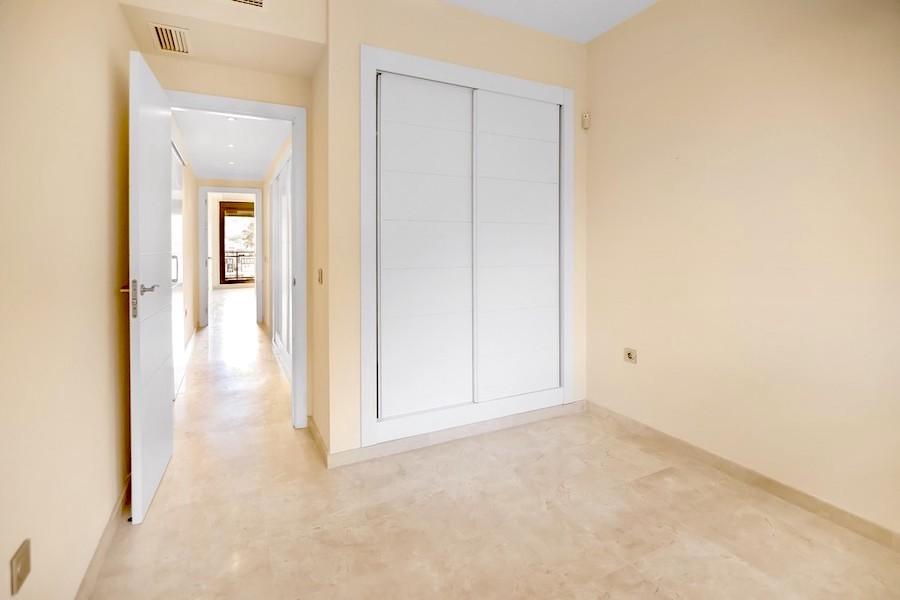 BLQ7A-Bedroom2.jpg
