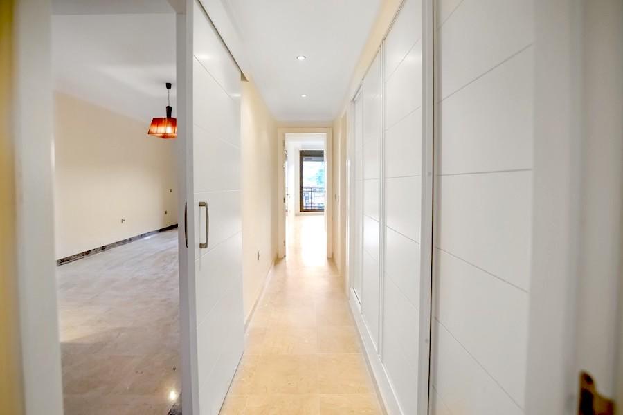 BLQ7A-Hallway.jpg