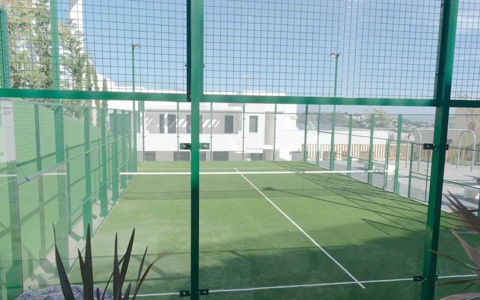 CBB22A-Padel_tennis.jpg
