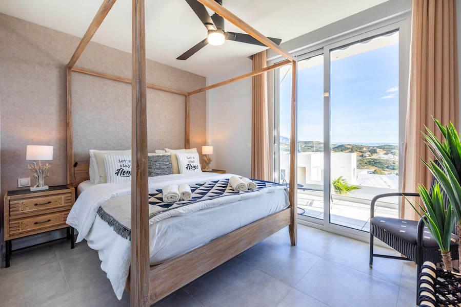 CBC11B-Master_bedroom.jpg
