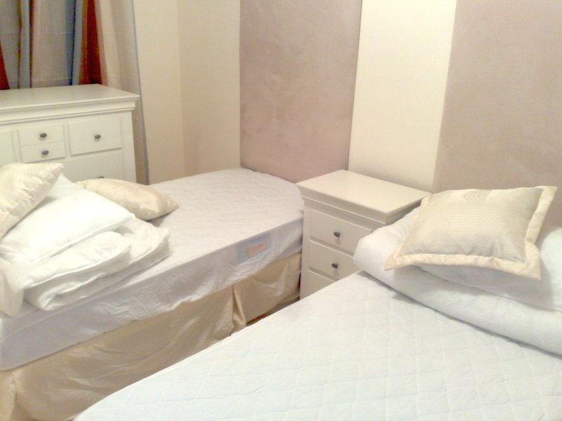 CSG-bedroom_2.jpg