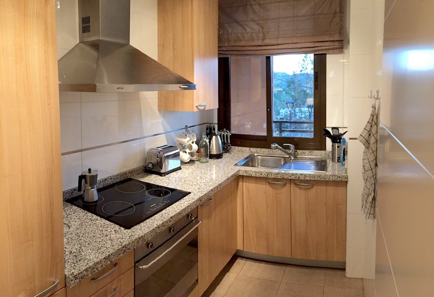 CSG6-kitchen.jpg