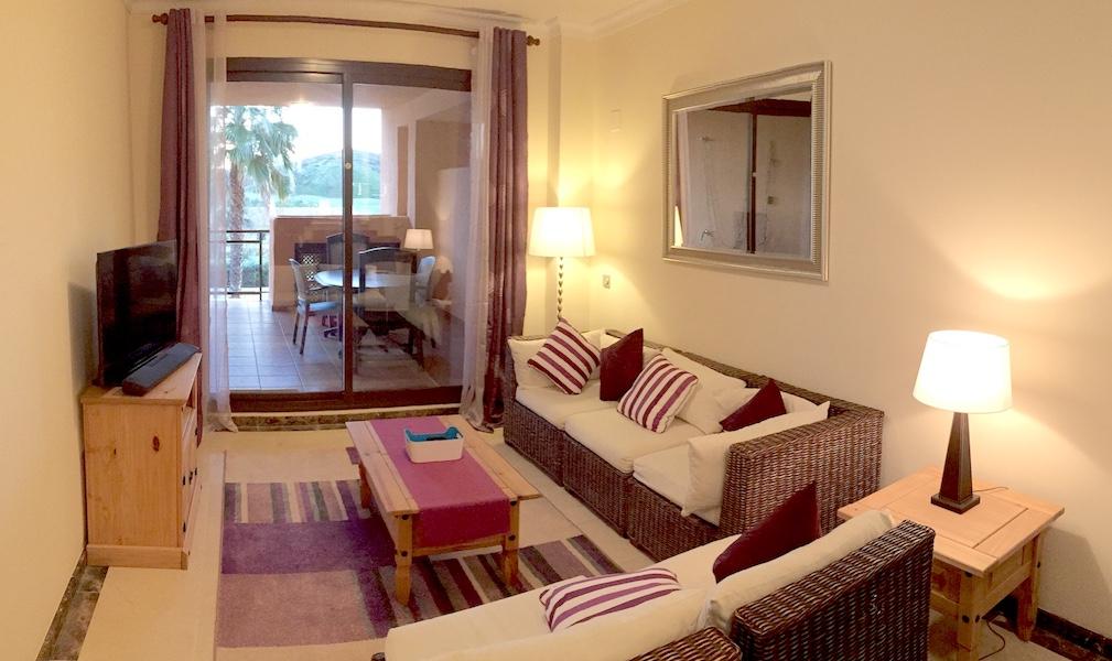CSG6-lounge2.jpg