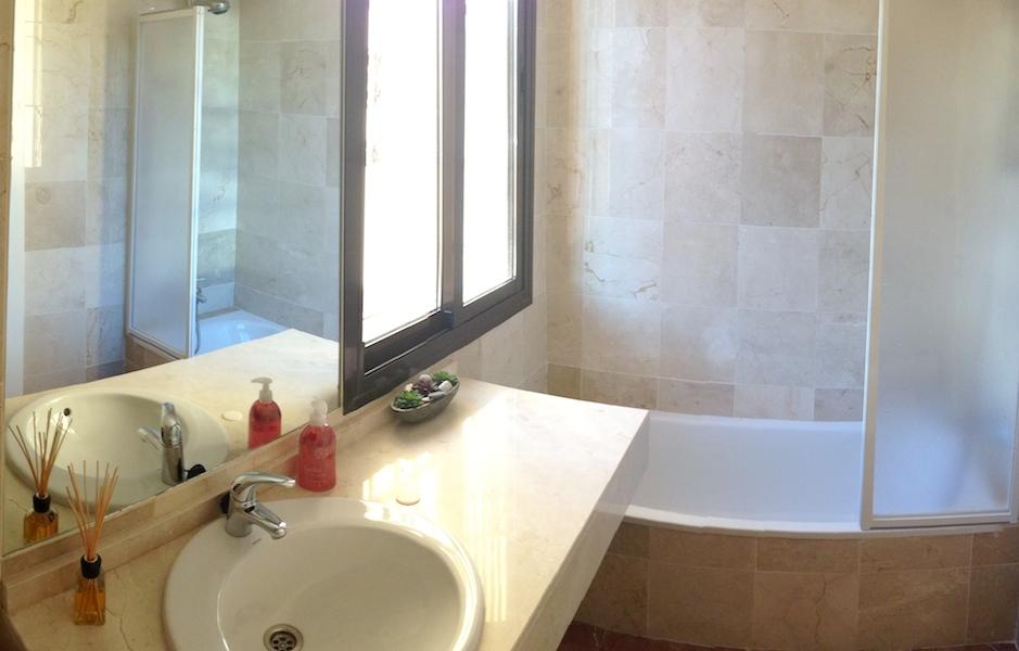 CSG632-Bathroom.jpg