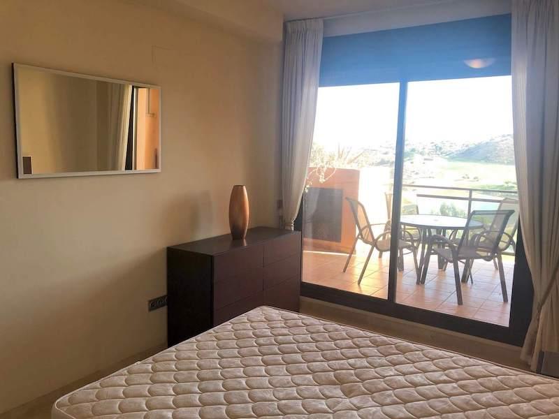CSG8B825-Master-bedroom2.jpg