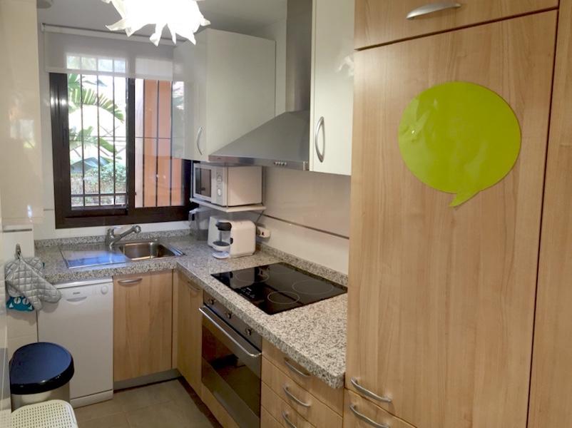 CSG9-Kitchen.jpg