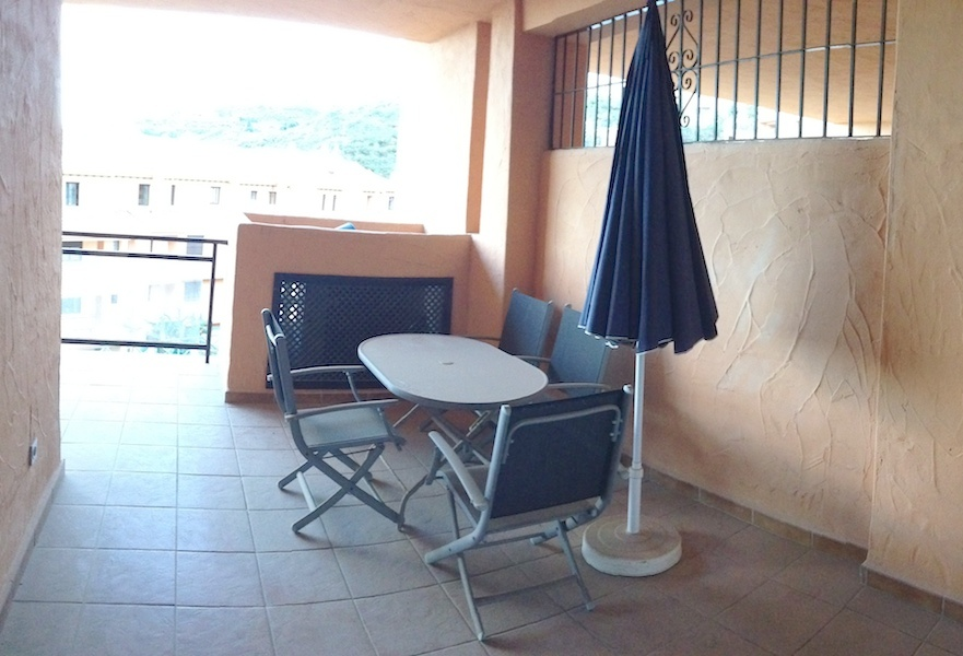 CSGblq7-terrace.jpg