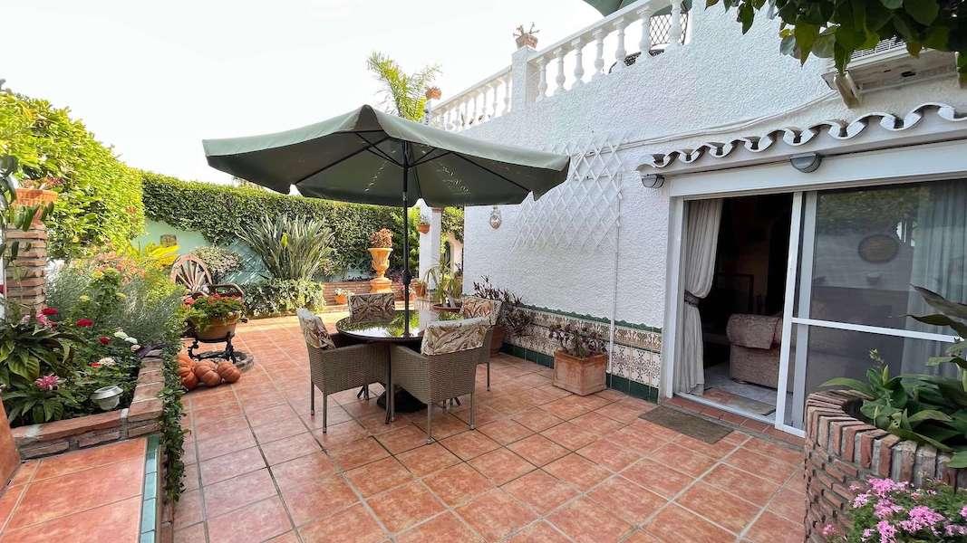 CalahondaVilla-Garden.jpeg