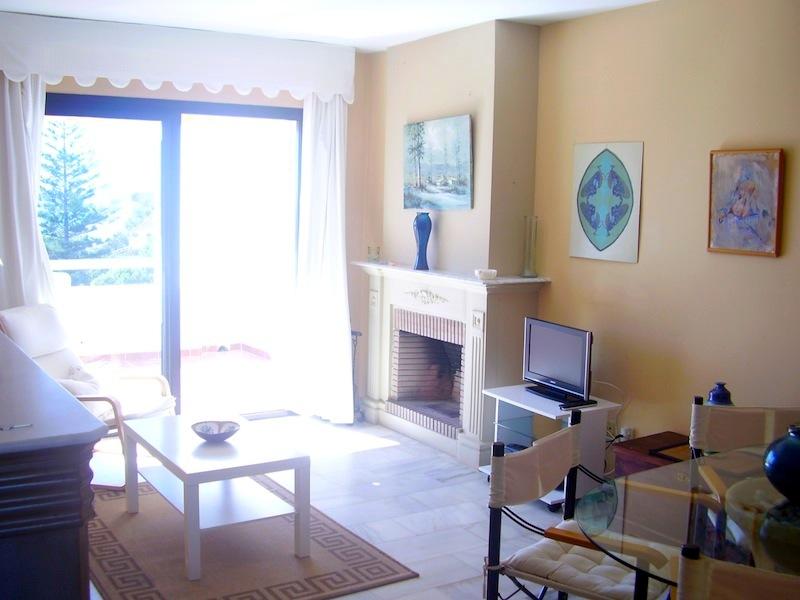 Calahonda_Playa-Lounge.jpg