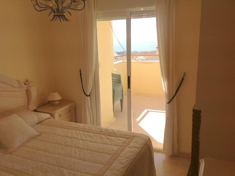 Calahonda_Royale-Master_bedroom.jpg