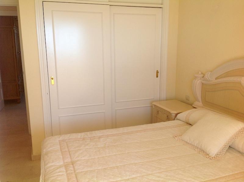Calahonda_Royale-Master_bedroom2.jpg