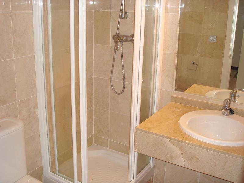 CalanovaSeaGolfbathroom.jpg