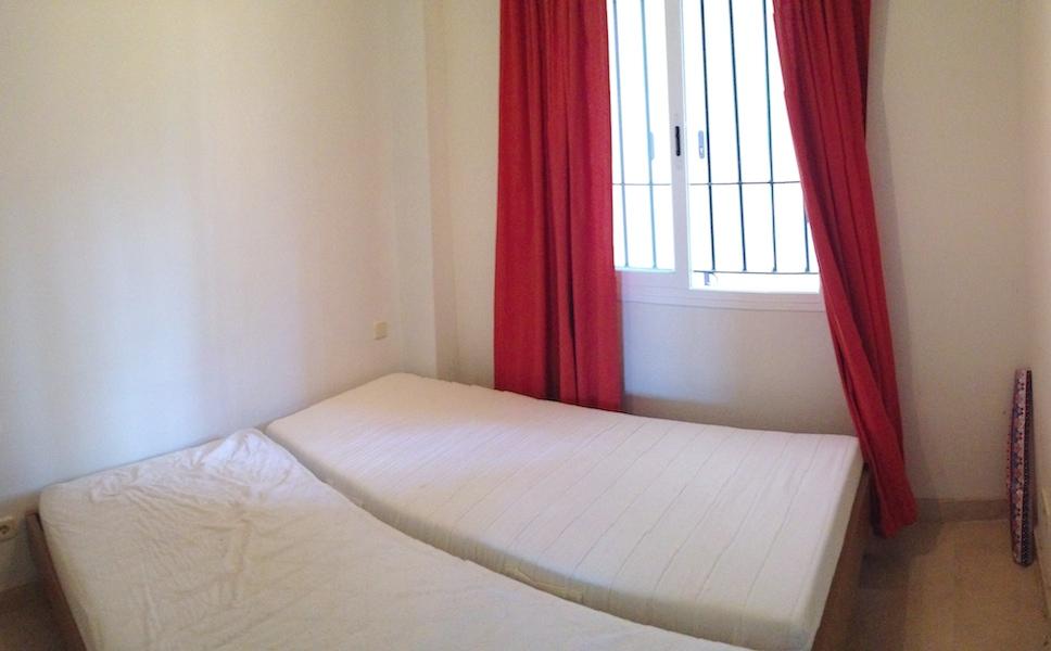 Calanova_Grand_Golf-Bedroom_2.jpg