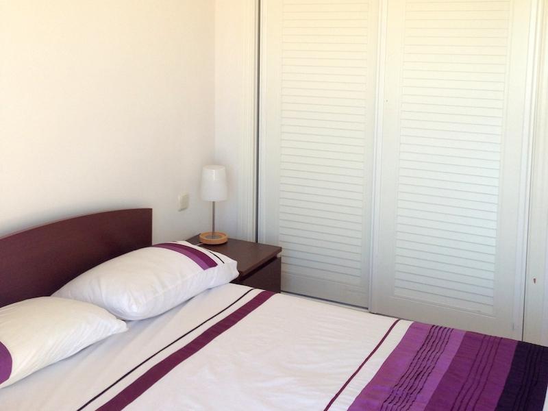 Calanova_Grand_Golf-Master_bedroom.jpg