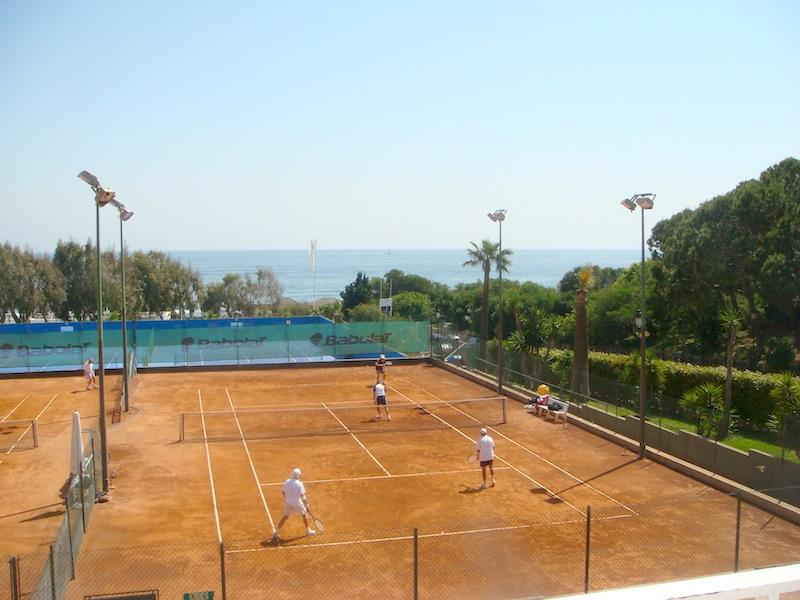 Don_Carlos-tennis.jpg