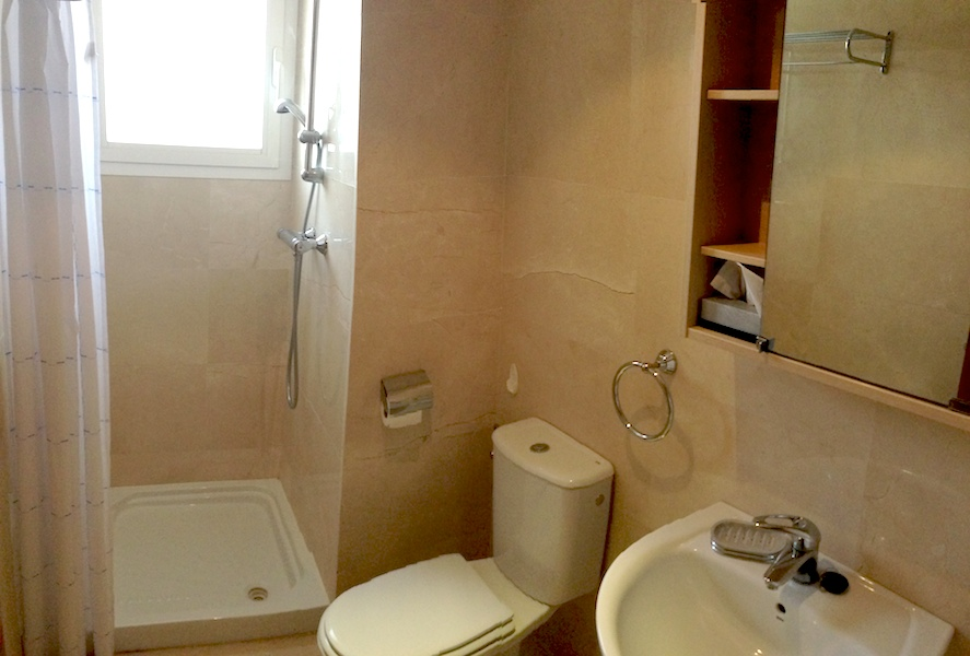 Elviria-Bathroom.jpg