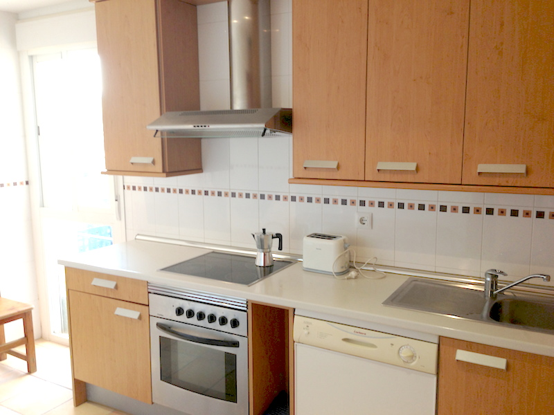 Elviria-Kitchen2.jpg