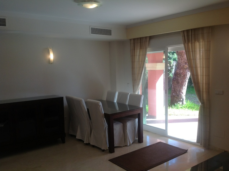 Elviria_house-Dining_area.jpg
