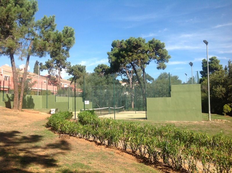 Elviria_house-Houses_by_tennis.jpg