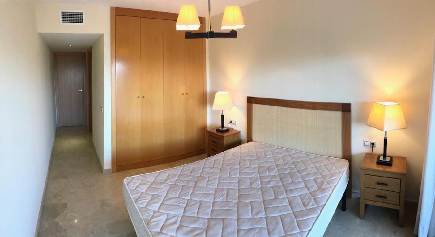 HCG5A-Master_bedroom2.jpg