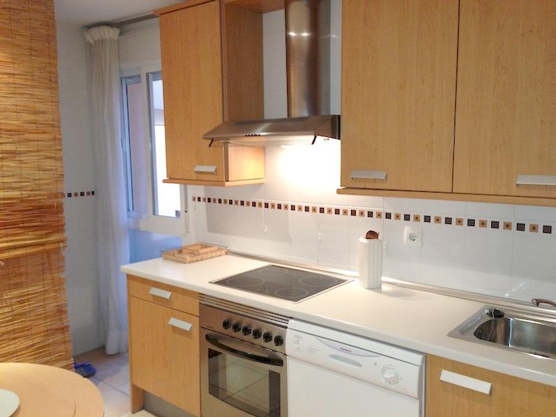 HSM4_kitchen.jpg