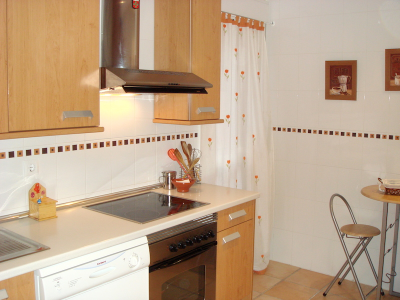 HSM_Marbella-Kitchen.jpg