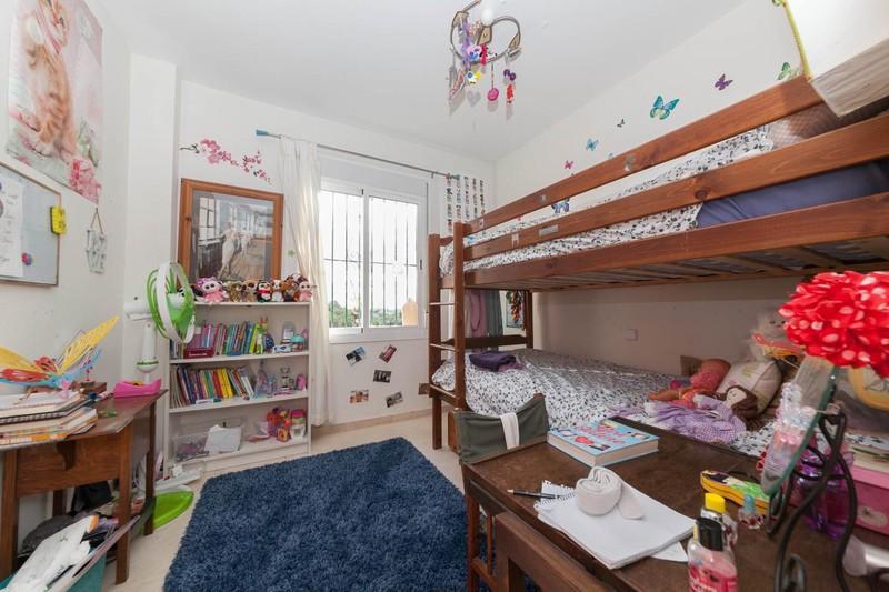 HSM_TH-Bedroom_3.jpg