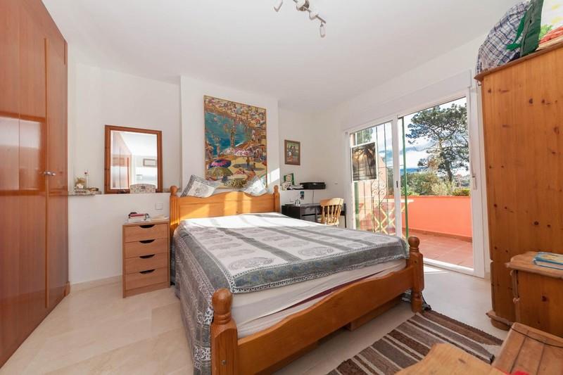 HSM_TH-Master_bedroom.jpg