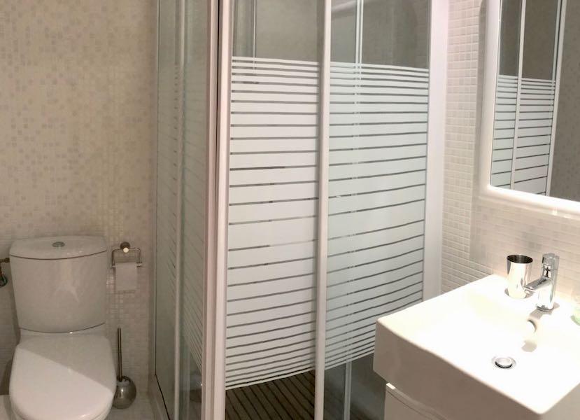 HercesA-Bathroom.jpg