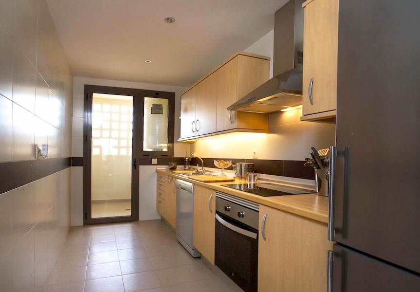 LC1075-Kitchen.jpg