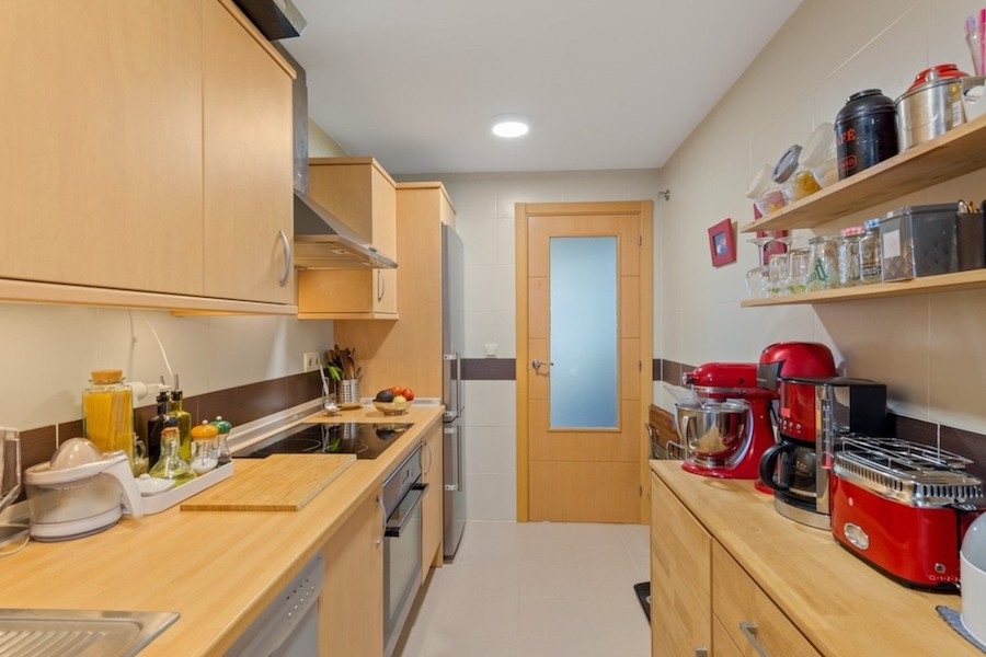 LC1395-Kitchen.jpg