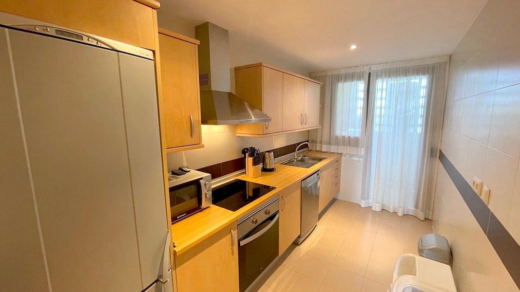 LC14102-Kitchen.jpg