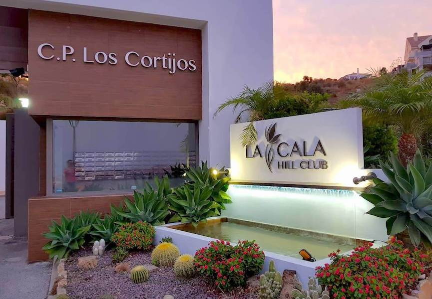LC14106-Entrance.jpg