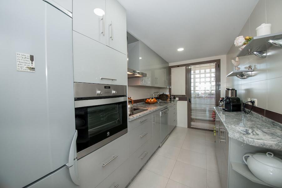 LC14106-Kitchen.jpg