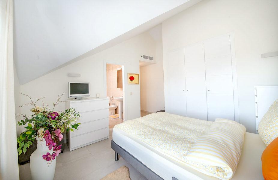 LC14106-Master_bedroom2.jpg