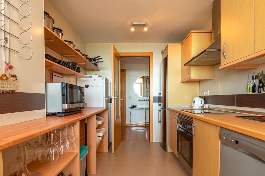 LC24178-Kitchen2.jpg