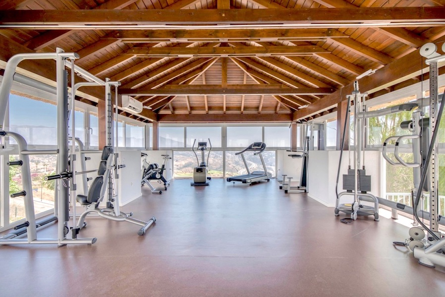 LC24179-Gym.jpg