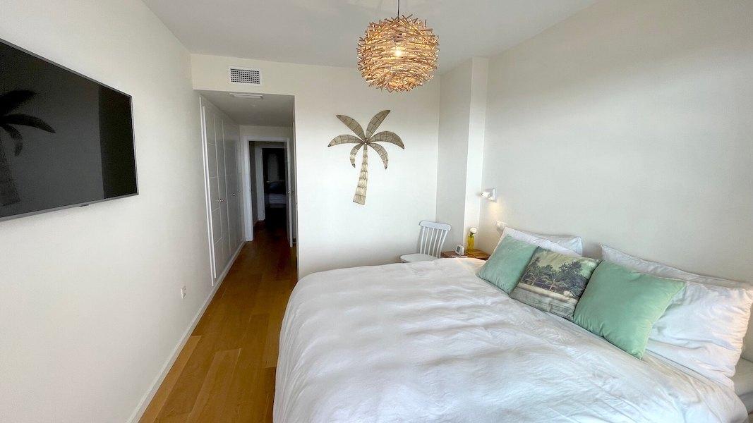 LC537-Master_bedroom2.jpg