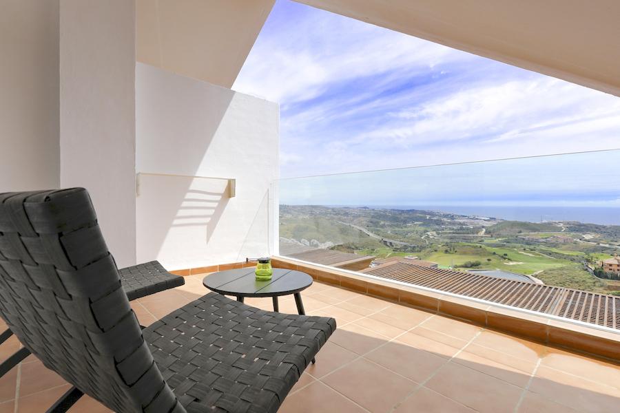 LC_Atico-Bedroom_terrace2.jpg