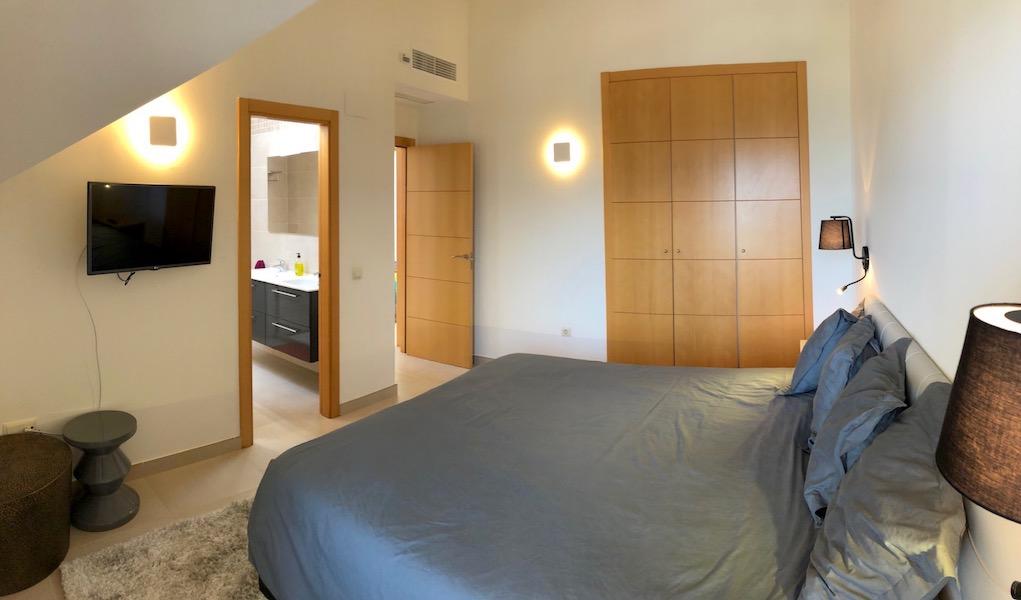 LOScortijos-Master_bedroom2.jpg