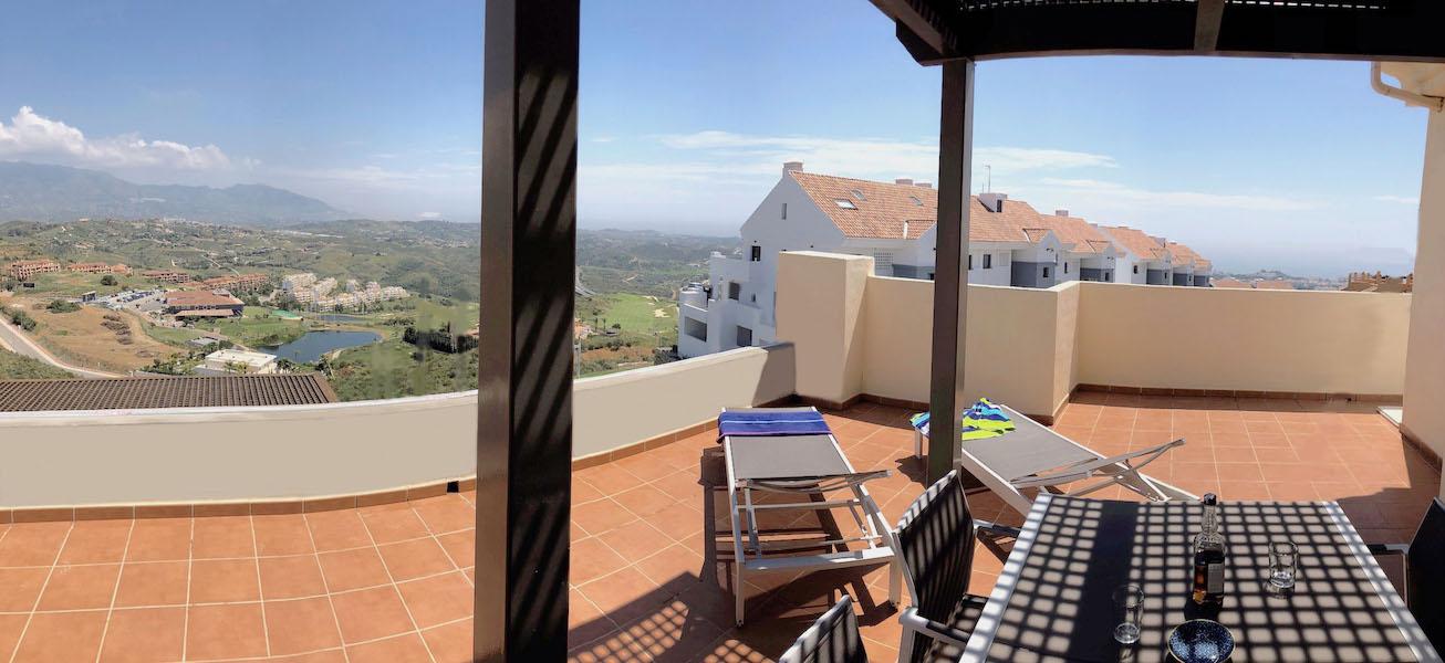 LOScortijos-Terrace2.jpg