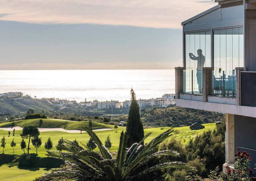LaCala17-GolfClubhouse.jpg