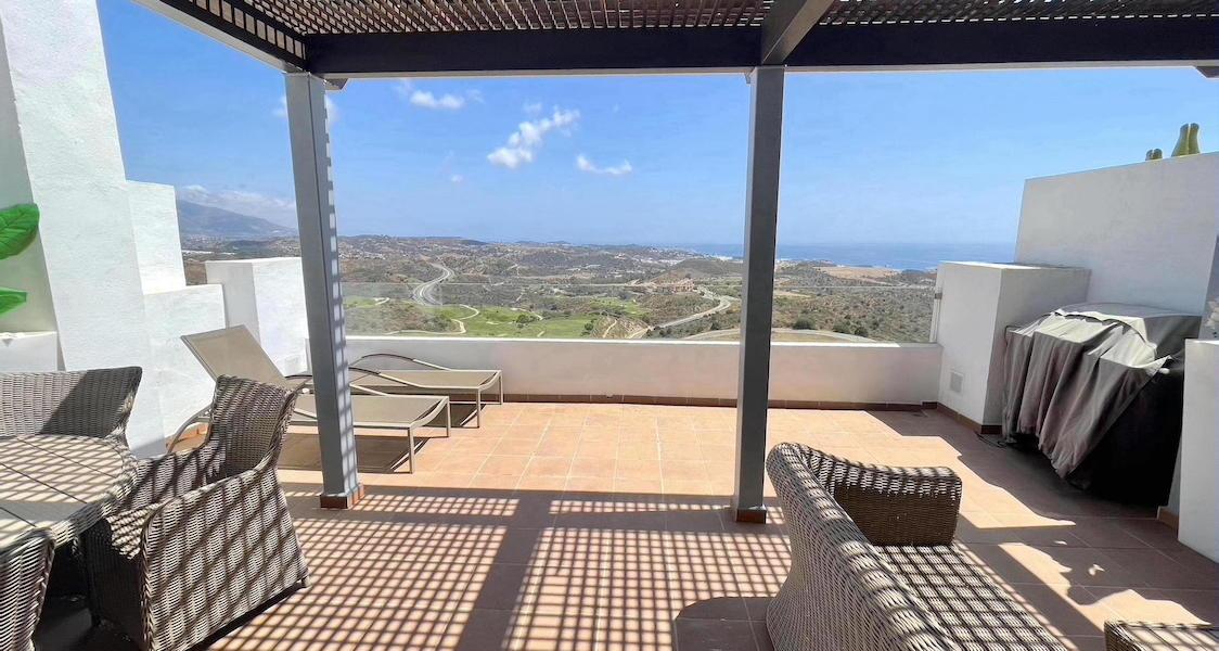 LaCala17-Terrace.jpg