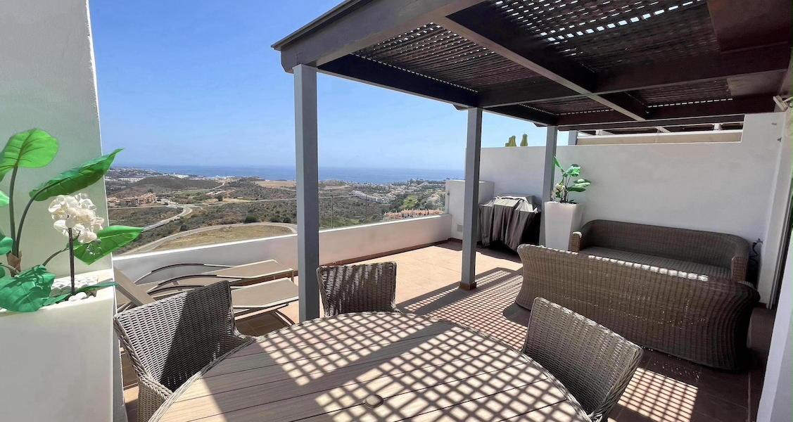 LaCala17-Terrace2.jpg
