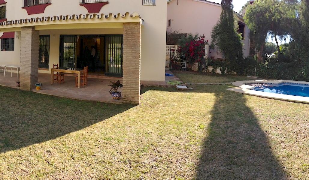 Las_Cumbres-Garden.jpg