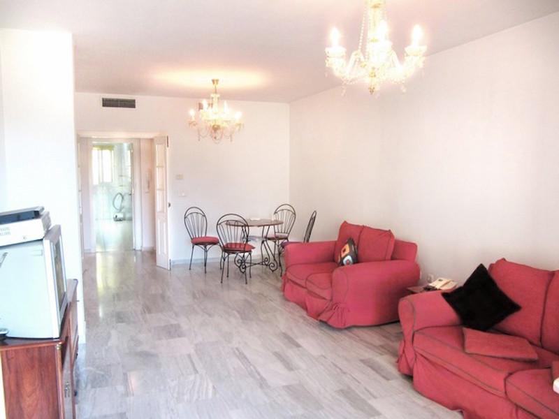 Las_Mimosas-lounge.jpg